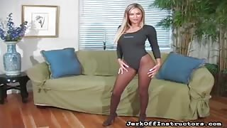 Amy Reid - Amy Shows off her JO Instruction Prowess