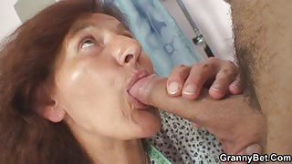 Sopping wet mature pussy fucked