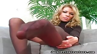 Nicole Ray Gets Horny While You JerkOff