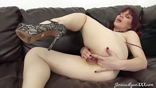 Jessica Ryan Fingers Herself