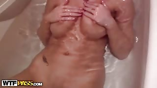 Hot pussy penetration in bathroom