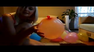 balloon fetish with hot blonde girl