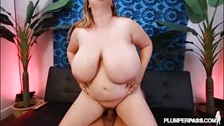 Massive fatty fucks her neighbour