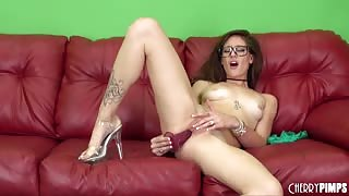 Hot young Casani Lei Masturbating