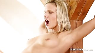 Blonde's Cum In Twos With Lesbians Angel Piaff & Samantha Jolie