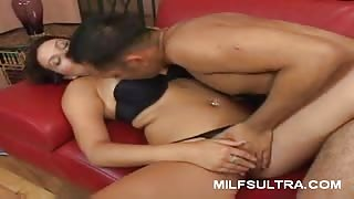 MILF Bailey Performs Oral