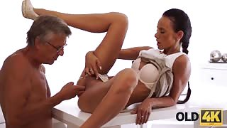 beauty fucked by her old boss