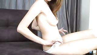 Russian amateur uses both hands to cum