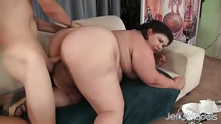 Juicy Jazmynne - Sweet Fat Pussy