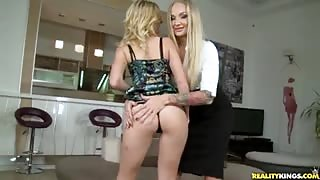 Aria Logan and Kayla Green were to hot blondes that took Tony's dick for a joy ride.