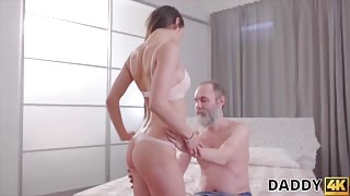 Teen forces mature guy to cum