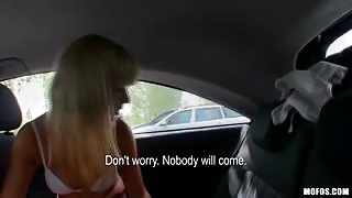 blonde girl paid to fuck in taxi