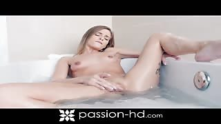 Vacation Bath Sex with Carrie Brooks