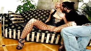 Nasty Russian hottie Belinda gets tits licked