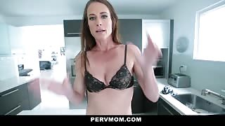 Sofie Marie mom sucking dick